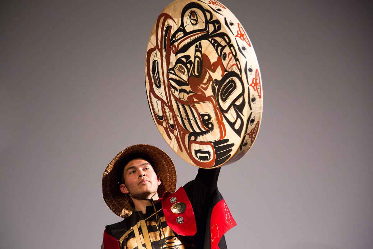 Indigenous performer a SFU Indiginous City event
